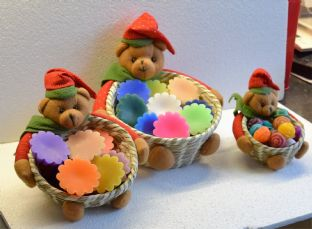 """Teddy"" melts in a basket. Available in 3 sizes"